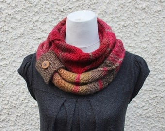 SCARF, knitted infinity loop scarf, womens chunky multicolour scarf, gift for her
