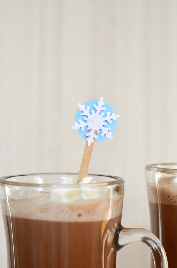 Winter Snowflake Drink Stirrers - 12 or 50 swizzle sticks for hot or cold drinks