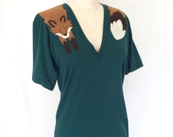Wrapped Fox T-shirt in Forest Green/ Unisex shirt by Dandyrions