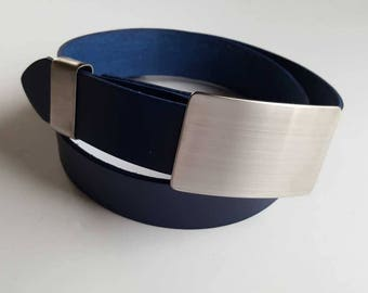 """Gentlemen's Silver Belt Buckle, Keeper & Navy Blue Belt Signed Original Accessories fit 1-1/2"""" Leather Belt with Snaps for Jeans and Casual"""