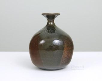 Victoria Littlejohn Studio Pottery Stoneware Dipped Glaze Vase Weed Pot