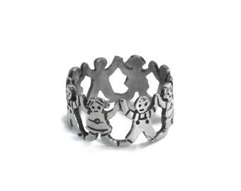 Children Holding Hands Silver Ring