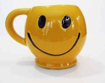 McCoy Pottery Happy Face Mug