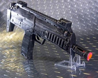 Heckler and Koch MP7 Prop Replica (Falcon: Captain America Winter Soldier, Fallout, Mad Max, MGS, Half-Life 2)