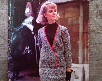 Vintage 1964 Bernat Yarn Pebblespun Knitting Pattern Book 125