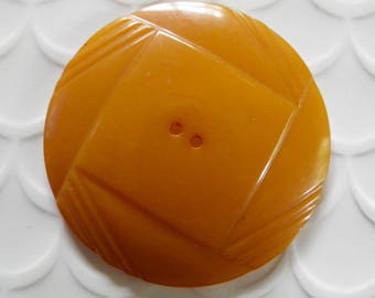 Large Art Deco Bakelite Button Dark Butterscotch