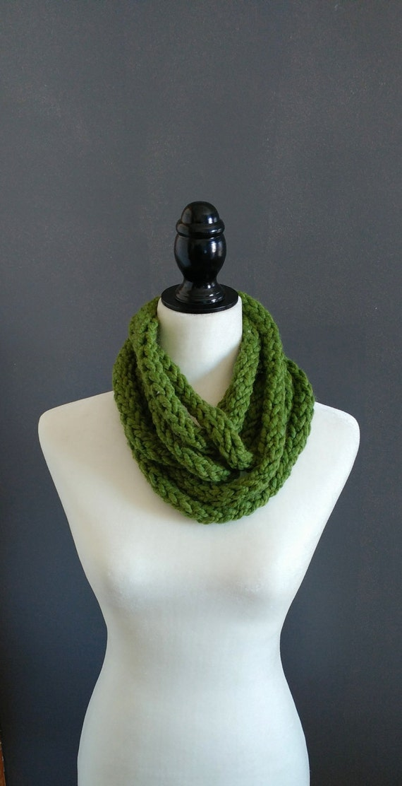 Finger knit infinity rope scarf in green chunky yarn
