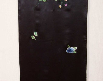Vintage Chinese Shawl in Black Silk, Adored with embroidered colorful roses.