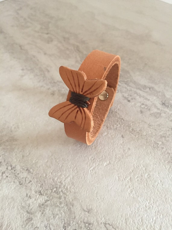 Women's Natural Leather Bracelet with Leather Butterfly (Size 6.25 Inches)