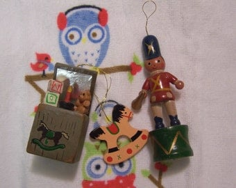 adorable vintage russ ornaments