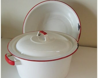 ON SALE Vintage Enamelware Set Red and White Shabby Chippy Rustic Farmhouse Cottage Collectible Home Decor