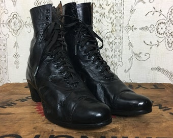 1910, vintage, Ellis, black leather, linen lined, 12 eyelette, Downtown Abbey/Anna Green Gables, lace up granny Ankle boots 8 1/2 A