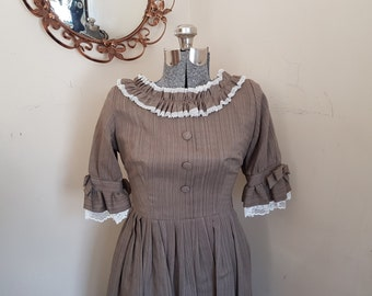 1950's Ruffled Frilled Dress Amazing Condition!!