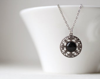 Round Filigree Black Short Necklace - Minimalist jewelry
