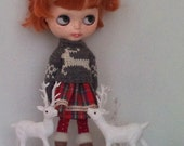 Grey and white Christmas sweater and a cotton skirt  for Blythe or Pullip