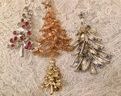 Christmasjewelry assortment, Christmas tree pins, earring, holiday pins, vintage, upcycling, stocking stuffers