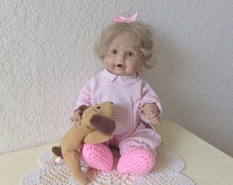 Baby So Beautiful Doll. Only produced from 1995 to 1996.  Vinyl, 12 inches.