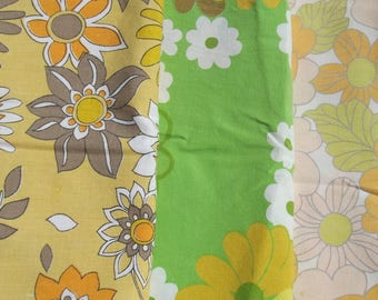 Vintage French 1960s Abstract Floral Fabric Miffy Flower Power Material blocks