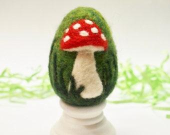 Needle Felted Egg - Toadstool / Mushroom - Easter Egg