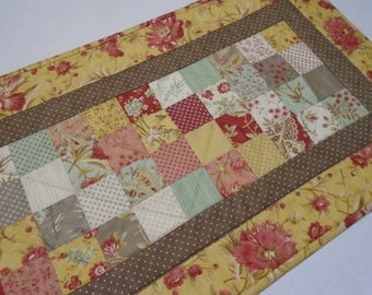 Floral Quilted Table Runner, Spring Quilted Table Topper in Gold Brown and Rose, Patchwork Table Quilt, Quilted Table Centerpiece,