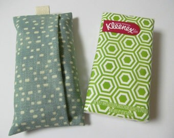 Tissue Case/Ivory Dots On Green