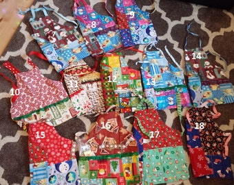 Christmas aprons, Girls apron, boys apron, reversible apron, toddler toolbelt, art apron, kids apron, toddler apron