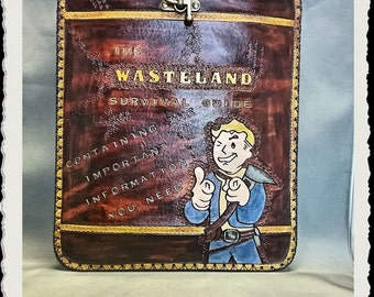 Leather case - Ipad - Tablet - Laptop - Fallout - Wasteland