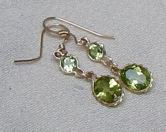 Faceted peridot drop earrings,faceted peridot dangle earrings,peridot fashion earrings,peridot statement earrings,August birthstone earrings