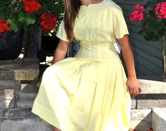 Be Sunshine... Vibrant 1950s Sunshine Yellow Cotton Fitted Drop Waist Dress L