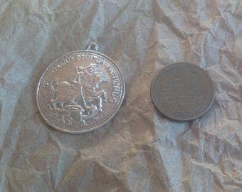 Vintage Sterling silver large coin Saint George knight horse dragon pendant pendant charm