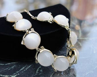 White Moonglow Lucite Necklace, ca. 1950s