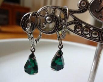 Green Tear Drop Lever Back Dangle Vintage Earrings