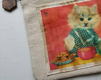 Zippered Canvas Pouch with Vintage Kitty Cat Cosmetic Bag
