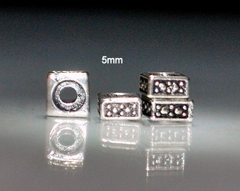 100 pcs 5mm Square Pewter Antique Silver Square Rondelle Spacers Beads with Raised Dots
