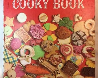 Betty Crocker's cookie book cooky cookbook