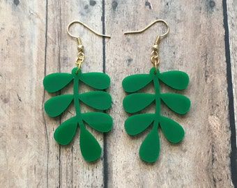 Gorgeous leafy dangle earrings
