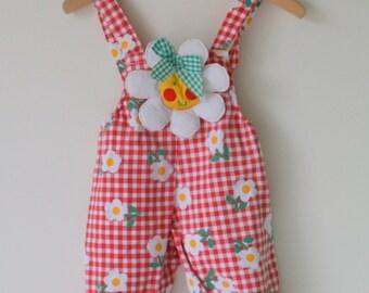 Vintage SUNNY DAISY Jumper....size 6-9 months...kids. children. girls. flower. summer. checkered. red. checkered. jumper. jumper. overalls