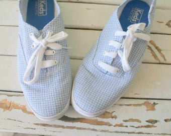 Vintage BLUE PLAID KEDS....size 8.5 womens...acid wash. tennis shoes. sneakers. 80s flats. closed toed. retro. mod. lace ups. hipster. urban