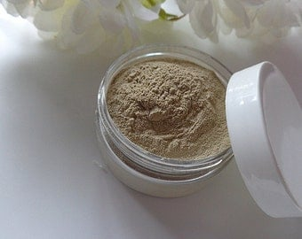 Face Clay Mask with Tamanu & Dead Sea Clay, Facial Cleansing Clay Mask, Polishing Grains