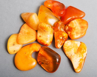 Set of 12 vintage Genuine Natural Baltic Amber beads, butterscotch 1 oz