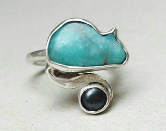 Sterling cat ring, amazonite ring, amazonite silver, silver cat ring, small size ring, carved stone cat, size 5 ring, raw amazonite jewelry