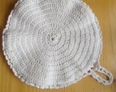 Vintage Round Crocheted Doily - Pot Holder - Coaster - Hot Plate