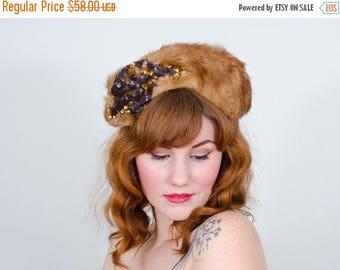 25% OFF SALE / 1940s vintage hat / fur hat / Irving