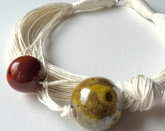 Ceramic spring - linen necklace