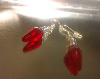 Clearance/destash Ayla's Bead Creations Red Christmas light bulb earrings