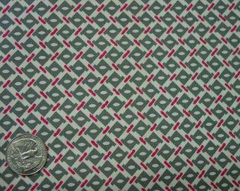 "Vintage Feedsack Fabric, Small Geometric Print, White, Grey, Red 33 x 37"""