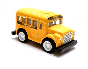 BACK TO SCHOOL Yellow School Bus Diecast Metal Toy First Day of School Cake Mini Collectible Miniature Yellow School Bus Welcome Home Cake