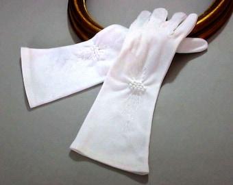 Ladies Gloves, White Gloves, Women's Gloves, 1950's Ladies Gloves