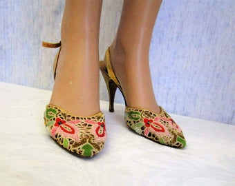50s 5 1/2 M Ferragamo's Embroidered Beaded Mesh Slingback SHOES Gold Pink
