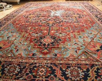 9.5x12.5 Antique Heriz Carpet